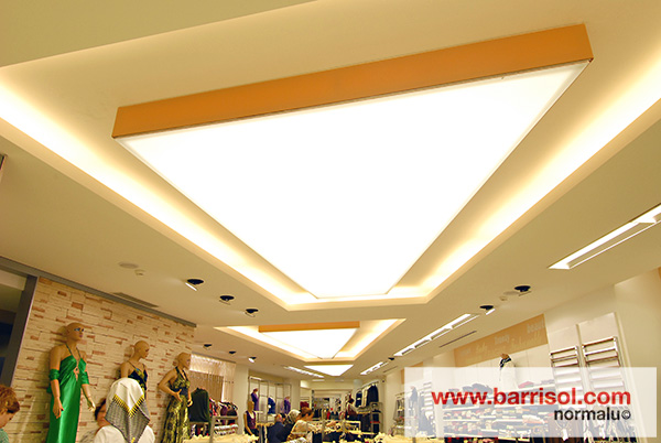 two types of tubes are compatible with barrisol light the t8 tubes 26mm and t5 tubes 16mm the power supplied by each system will depend on the barrisol lighting