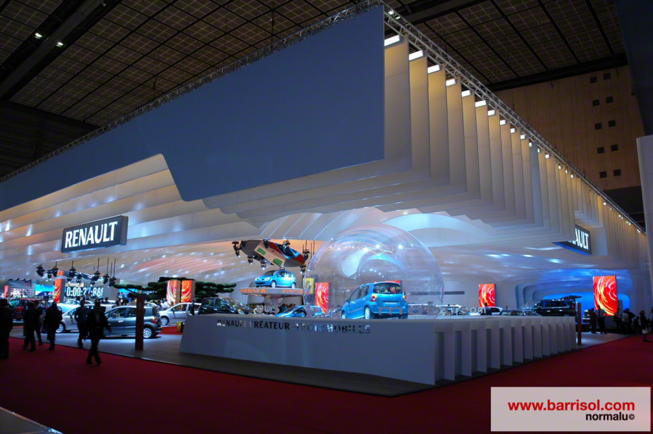 Renault Stand <br><p style='text-transform: uppercase; color: #6F6F6F;'>France</p>
